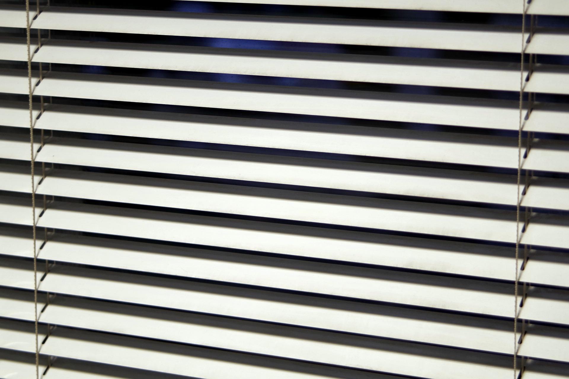 blinds-1732186_1920